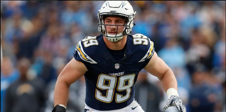 Joey Bosa Wins Defensive Rookie Of The Year Award
